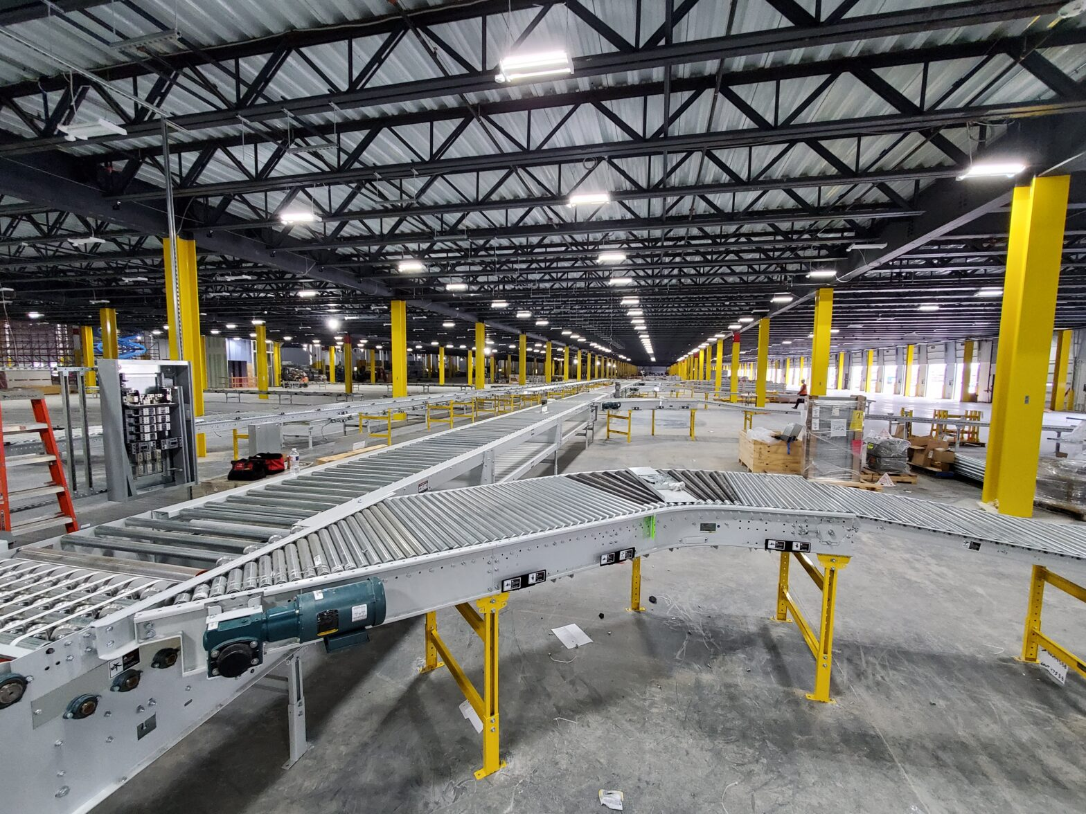 Amazon HOU8 TNS Facility